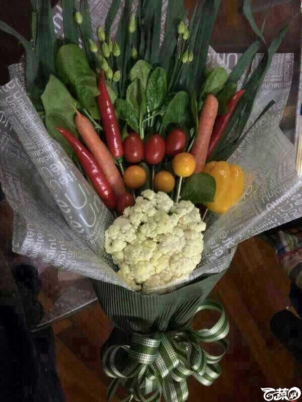 蔬菜做的鲜花.JPG